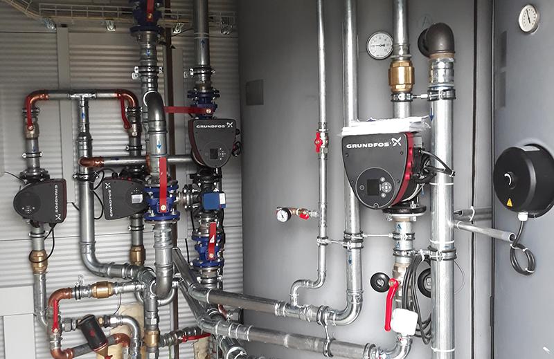 Halle industrielle chauffage et sanitaire